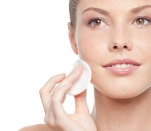 Как правильно ухаживать за жирной кожей